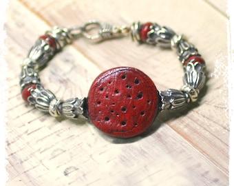 Steampunk bracelet, Rustic bohemian bracelet, Polymer clay bracelet, Boho chic art bead bracelet, Medallion bracelet for small wrist