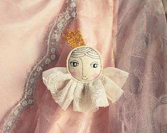 Princess brooch