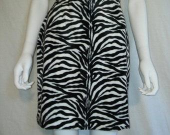 35% off SALE 90's zebra Animal print skirt, Soft furry fuzzy animal print skirt    size 2