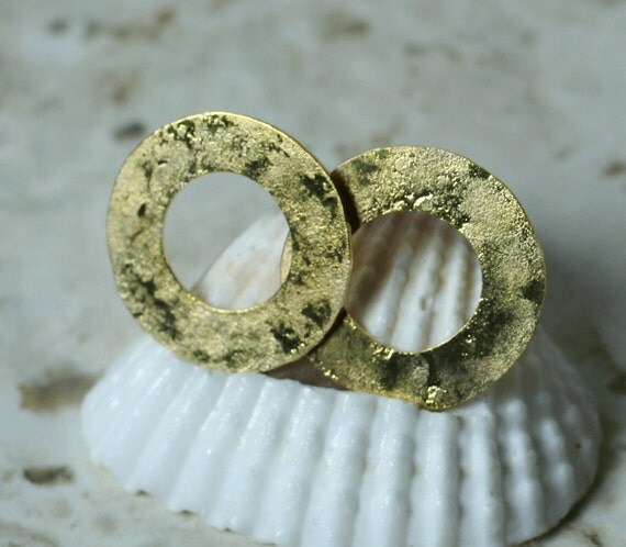 Hand hammered matte finish gold plated washer link disc 18mm outer diameter 10mm inner diameter, 6 pcs (item ID YHTB376GPK)