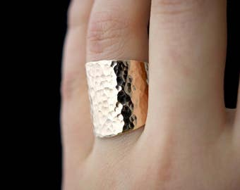 Small Rounded Shield ring in 14K Gold Fill, hammered gold ring, gold fill band, hammered 14kt gold fill band, gold ring, bold ring