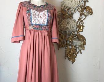 1970s dress bohemian dress young edwardian size medium vintage dress tunic dress hippie dress festival dress