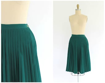 vintage 1950s high waist hunter green accordion pleated skirt | 50s green midi skirt | vtg pleated skirt | x-small