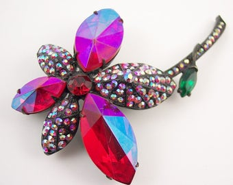 Unusual Holly Craft Rhinestone Flower Brooch