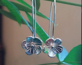 Sterling Silver Flower Earrings..Dangling Flower Earrings.Copper Earrings.Flower Jewelry.. Silver Earrings.Dangling Earrings.Flower Earrings