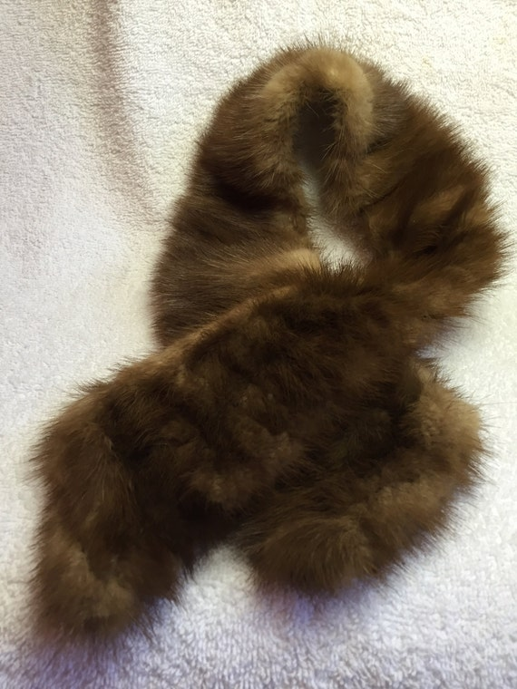 Vintage brown genuine Mink fur collar/scarf