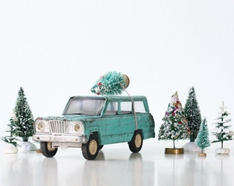 Vintage Toy Jeep, Turquoise Green
