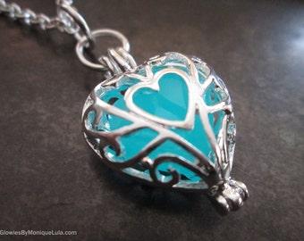 Frozen Glowing Heart necklace