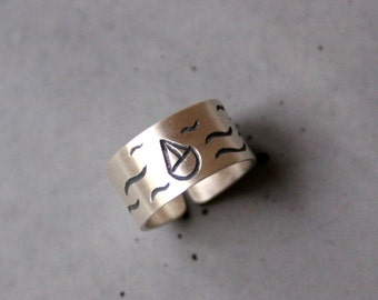 Wideband Sterling Silver Ring with Ship and Waves, Adjustable ring, Sailing motives - Custom made ring - Sailing on the Sea