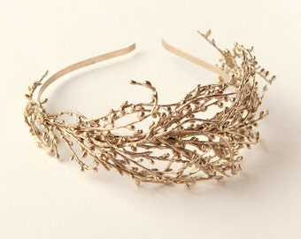 Golden bridal headband, Gold wedding headpiece, Gold branch fascinator, Golden woodland bride, Gold twig headband