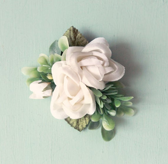 Small white flower clip, Flower hair clip, floral bridal headpiece, White and sage hair clip, Woodland bridal hair clip, Artificial flower