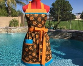 Sassy Turkey Apron, Retro Style with a Gathered Waist, Towel Loop, Kitchen Apron, Womens Misses and Plus Sizes, Thanksgiving Apron, Holiday