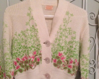 Darling vintage sweater