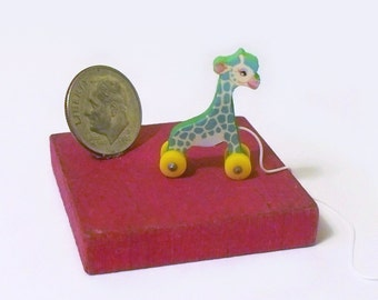 Green TooTall Giraffe Pull Toy KIT Dollhouse Miniature