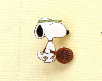 Aviva Vintage Snoopy with Tennis Raquet and Green Visor  Pin 1041