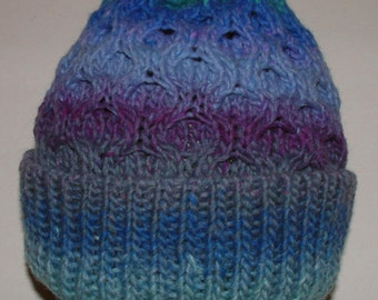 Northern Lights Honeycomb Hat