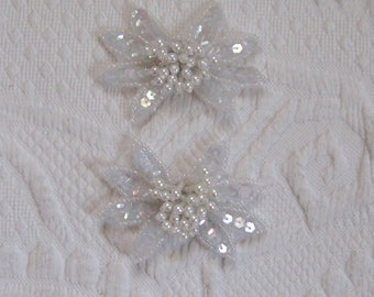 beaded shoe clip . wedding shoe clips . white flower shoe clip