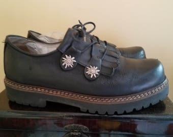 Geier Wally Austria Fringe Oxford Style Chunky Shoes 9