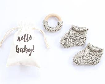 Grey, Cotton baby booties, newborn booties, pregnancy announce, pregnancy reveal, baby booties, new baby, baby announcement, baby shower