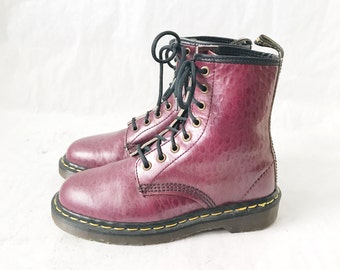 Vintage DOC MARTEN Burgudy 1460 Made in England Boots. Size 4 UK// Size 6 women's U.S.