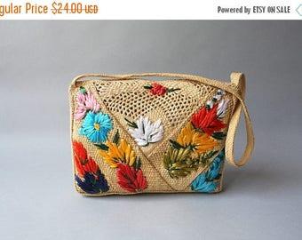 STOREWIDE SALE 1950s Straw Purse / Vintage 50s 60s Straw Floral Shoulder Bag / 1960s Jamaica Tourist Purse