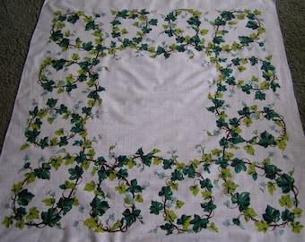 Vintage Tablecloth ~ Leaves Vines Ivy Cottage