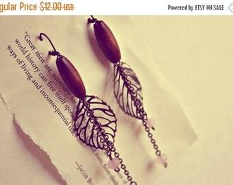 Sale wooden beads. leaves. dangle vintage earrings. tribal. boho.