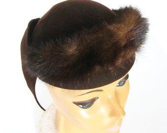 1950s Brown Felt Hat with Mink Fur Trim / Dark Brown Hat / Evening Wear / Vintage Hat