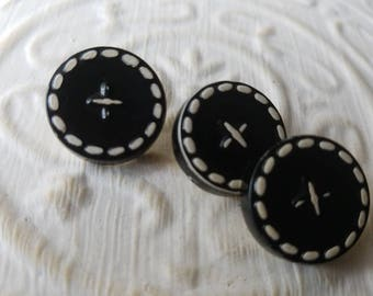 Vintage Buttons -lot of 3 medium black and whitr matching ( mar 263-17)