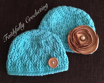 Newborn twin hats.. boy girl twin hats... photography prop.. ready to ship... twin beanies