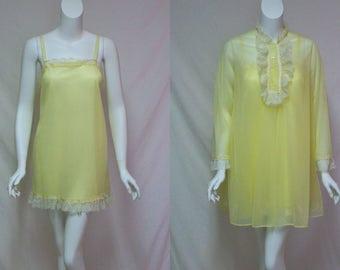 Vintage Yellow Peignoir, Van Raalte Yellow Shorty Peignoir, Yellow Nylon and Chiffon Short Nightgown and Robe Set, Size Medium Peignoir