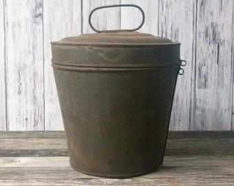 Bundt Pan Steamed Pudding Pan with Lid Rustic Pot Metal Pot Rustic decor