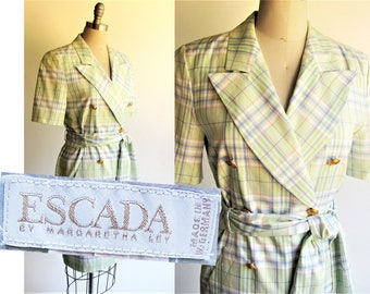 Small size, ESCADA Dress / Vintage 1990s Dress for Spring & Summer / Pastel Green Plaid Cotton / 90s VTrench Coat Style Dress