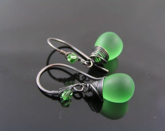 Green Earrings, Matte Green Czech Glass Teardrop Earrings, Wire Wrapped Earrings, Spring Colored Earrings, Beaded Earrings, Beaded Jewelry