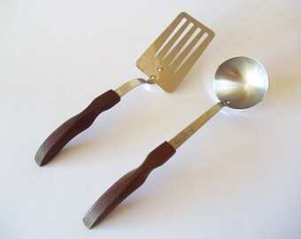 CUTCO Spatula /Turner and Ladle, Stainless Steel Kitchen Utensils, Brown Handles, 2 Piece Set, USA 1970s