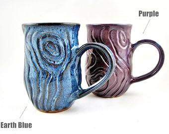 Personalized pottery Mug, handmade mug, large mug with wood grain design - Made to order