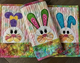 Quilted EASTER  Placemats  . . . Whimsy Bunnies . . . Spring Colors . . . Set of 2