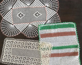 3 Vintage Crochet lace doilies, beige cotton linen crochet doily, pineapple design, home decor, decor, handmade, DIY, craft supply