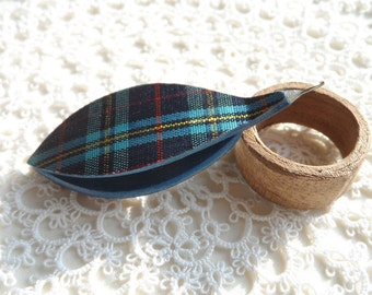 "Reserved Blue tatting shuttle with tartan 0.75 hook 2.5"" long"