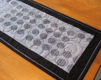 Contemporary Quilted Table Runner Black Grey Tablerunner