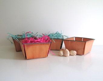 Vintage Berry Baskets Set of Five Large Berry Baskets Balsa Wood Fruit Baskets Easter Decor