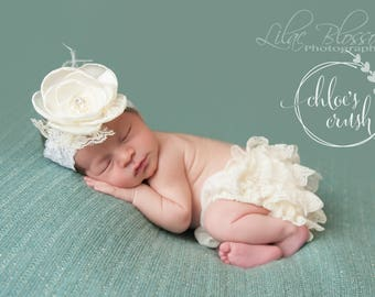 Newborn Ivory ruffle bum bloomers W bow, newborn girl, baby girl, newborn photo prop, newborn outfit, hospital pictures outfit, baby gift