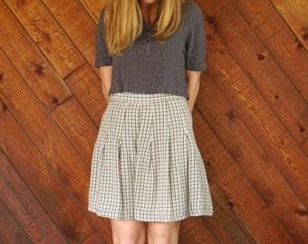 extra 30% off sale . . . Brown Plaid Mini School Girl Skirt - Vintage 90s - S M