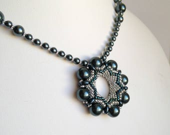 Circles and Pearls Pendant Necklace - Swarovski Pearls in Tahitian