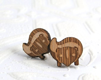 Skunk Studs in bamboo