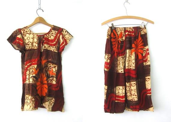 Vintage Batik Print Outfit 2 Piece BALI Set Long Shorts Capris Orange & Brown Top Ethnic Resort Vacation Wear Lounge Set Women's Size small