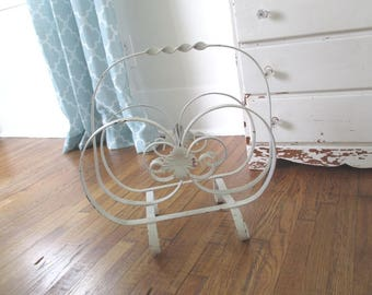 Vintage Magazine Rack Holder Stand * Tole Roses * Wrought Iron * Shabby Chic * Cottage * Farmhouse