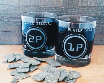 Player Select 80's Style Retro  | Set of Two | Personalized Etched Glasses | Whiskey Glasses | Classic Video Game | Gamer Anniversary Gift