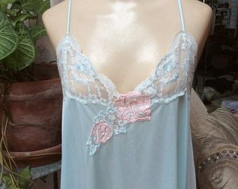 Vintage pale aqua Lorraine nightgown, sz L/XL light aqua blue long night gown, nylon pastel aqua lace trim long sleepwear