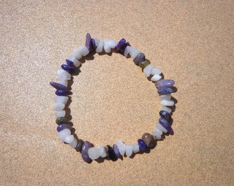 Charoite and Snow Quartz Bracelet, Purple and White Gemstone Chips Elastic Cord in 4 Sizes, Stones to Dispel Negative Energy, Healing Stones